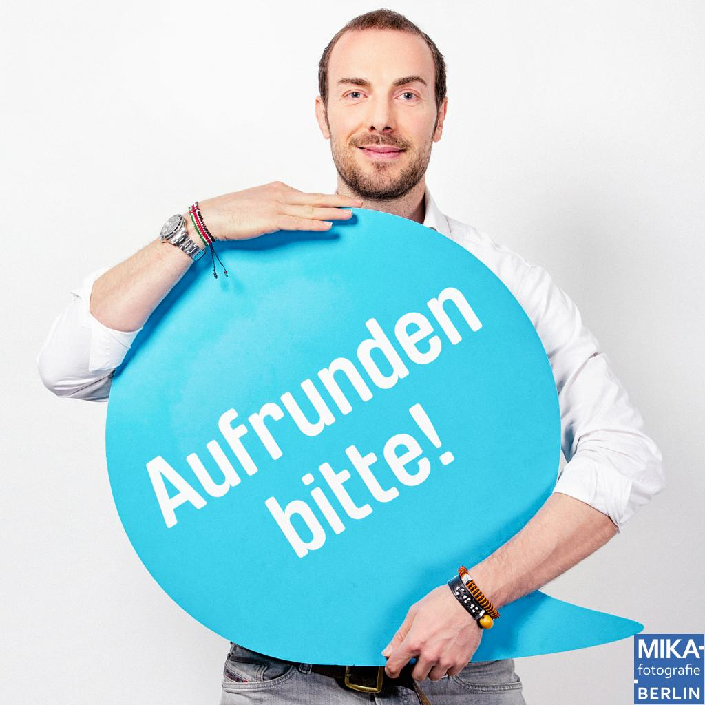 Portraitfotografie Berlin - Deutschland rundet auf<br><h5>QYPE - Februar 2013</h5>