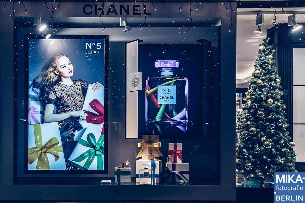 - CHANEL Schaufensterwerbung